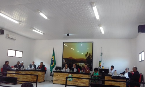 CONTRA MINERAÇÃO   Sessão na Câmara de Vereadores de Campo Alegre de Lourdes encaminha projeto para criação de  conselho de preservação ambiental
